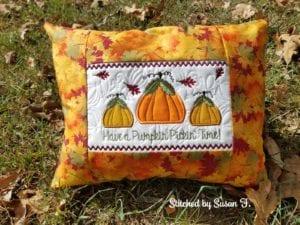 Pumpkin Pillow (6×10)