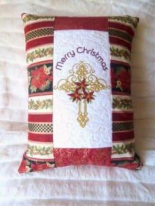 christmas-pillow-cross-1