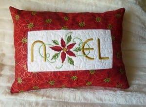 christmas-pillow-noel-1